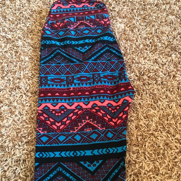 LuLaRoe Pants - NWOT Lularoe OS tribal leggings